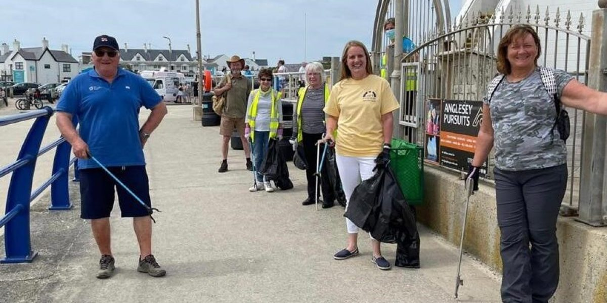 Big Anglesey Beach Clean 1 june 2021